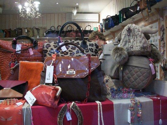 Rue de la Huchette : Anoki's window view - nice purses