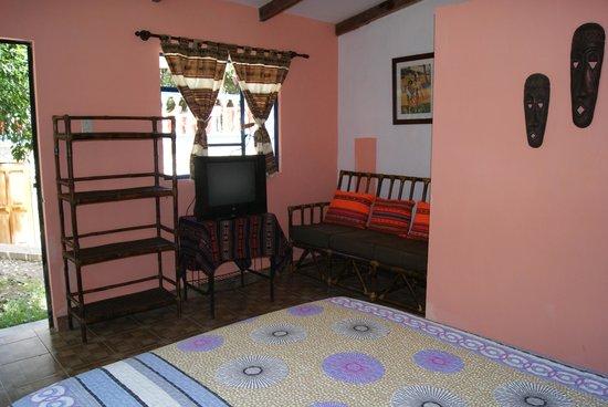 Chulumani, Bolivia: Cabaña Venecia, suite con baño, tv satélite,dvd