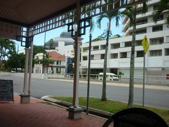Pullman Reef Hotel Casino: Abbott St view