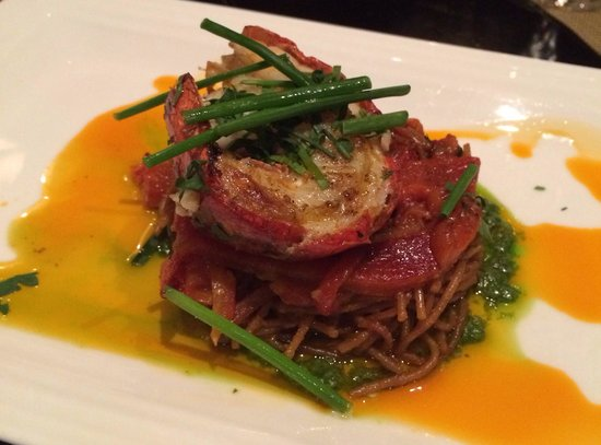 Julian Serrano Tapas : 1/2 lobster tail with noodles