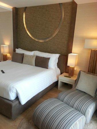 Cape Dara Resort: ห้องนอนสว่าง สะอาด