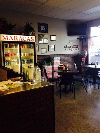 Maracas : Seating area