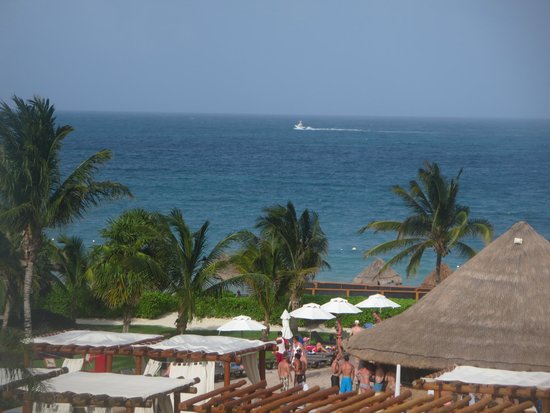 Ocean Coral & Turquesa: View from balcony