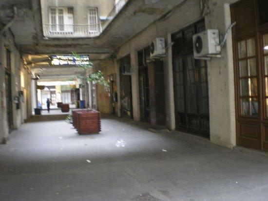 Carmen Mini Hotel : the entrance