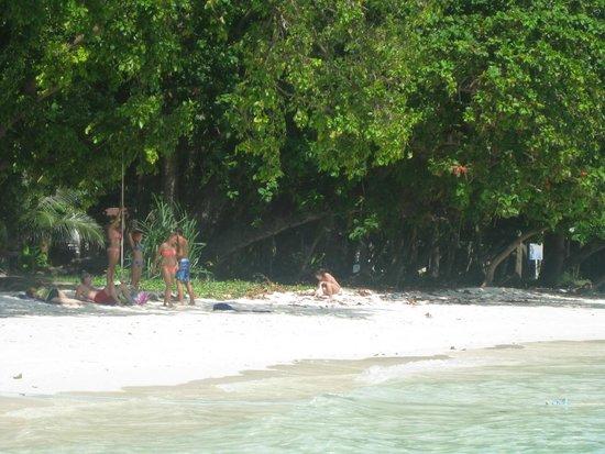 Ko Rok Nok: เกาะรอก