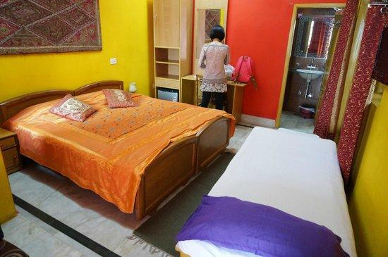 Ganpati Guest House: 房間