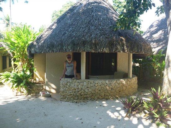 Breakas Beach Resort Vanuatu : our bungalow