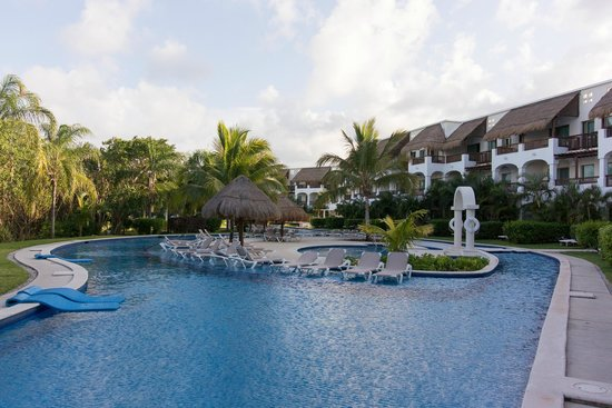 Valentin Imperial Maya: Property view