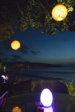 INTERCONTINENTAL Bali Resort: Beach bar