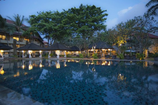INTERCONTINENTAL Bali Resort: Club pool
