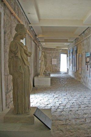 Villa Grecque Kérylos : Villa Kerylos - Galerie des Antiques