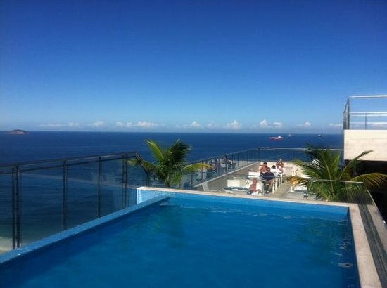 Hilton Rio de Janeiro Copacabana: Piscina