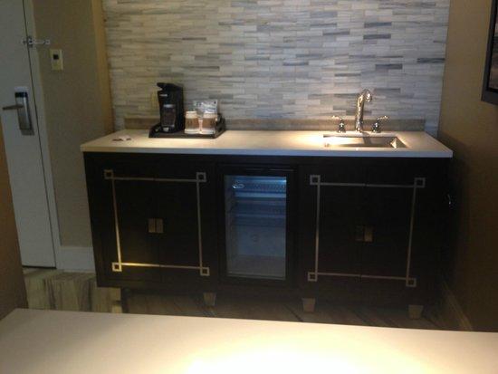 Sheraton New Orleans Hotel: kitchen area