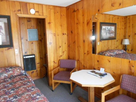 Rufus Hillview Motel: June 2014, Four