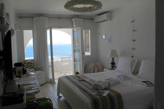 Rocabella Mykonos Art Hotel & SPA: Hotel room