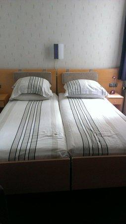 Hotel Leeuwenbrug : zimmer