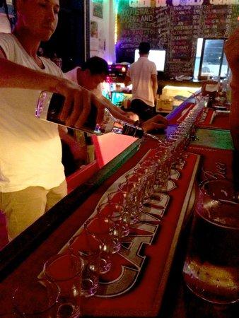 Mad Monkey Hostel Siem Reap : Free Shots anyone?