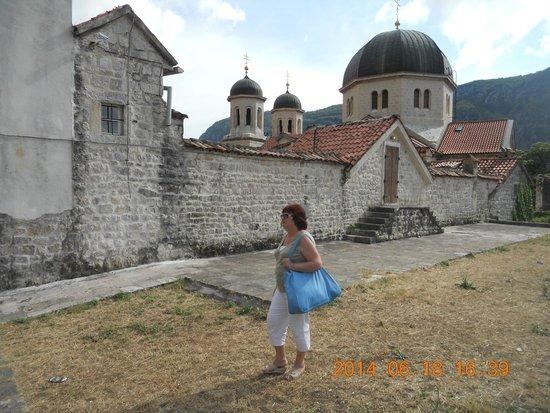 City Walls: У стен Котора и его церквей