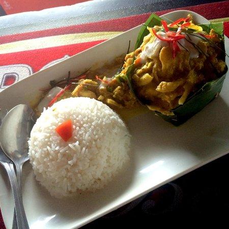 Mad Monkey Hostel Siem Reap : Lunch