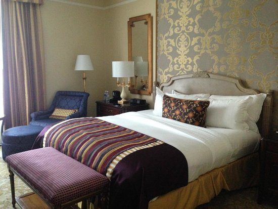 The Ritz-Carlton, New Orleans: bedroom