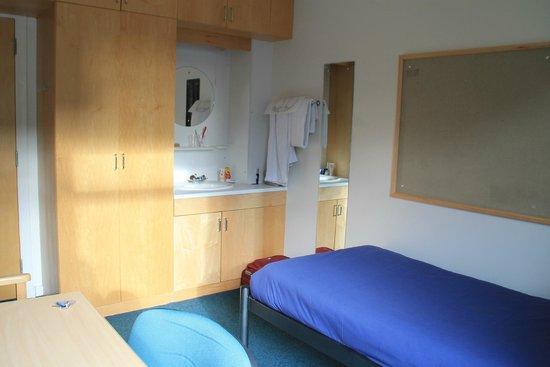 Pollock Halls - Edinburgh First: my room
