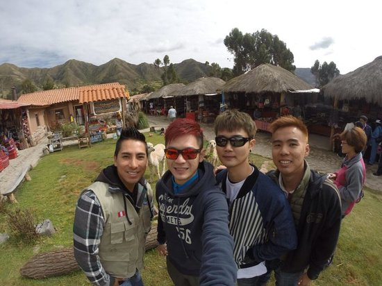 South Adventure Peru Tours : Us with the guide mr marko