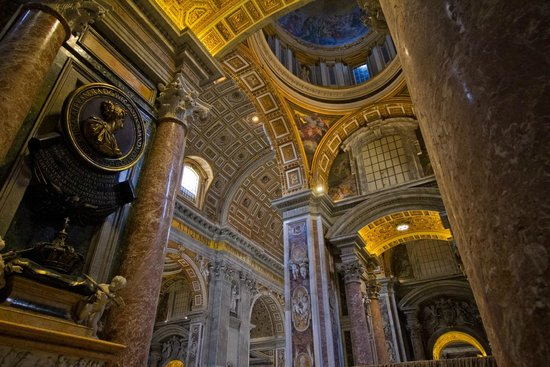 Tours of the Vatican with Tom & his Team: St. Peter's Basilica
