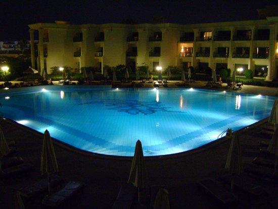 Hilton Hurghada Resort : Piscine