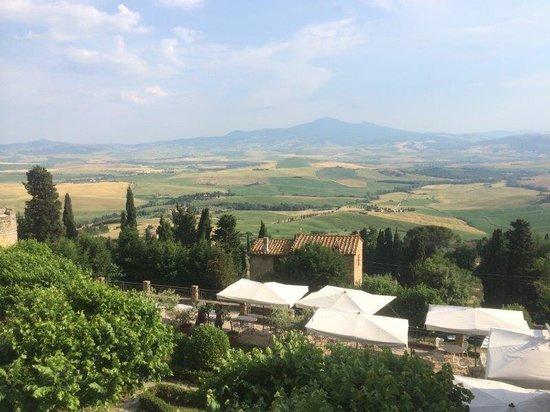 Il Chiostro di Pienza: vue depuis la terrasse de l'hôtel
