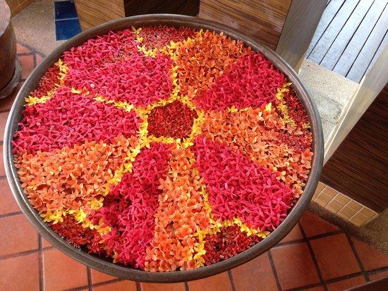 All Seasons Naiharn Phuket: Decorate flower