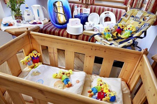 Habachklause: Babypaket im Zimmer