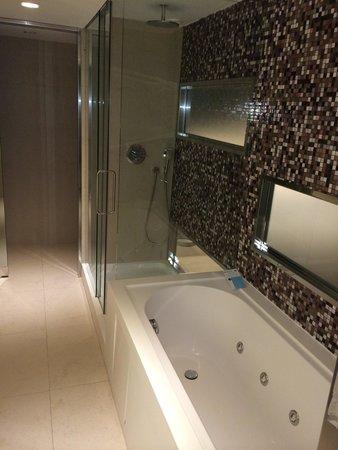 Barcelo Malaga: Luxury!!