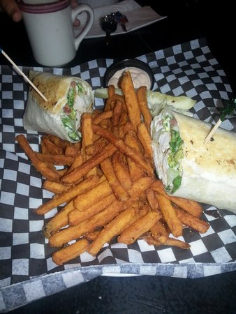 Dave's Roadhouse: Chicken cesaer wrap with Sweet potato Fries