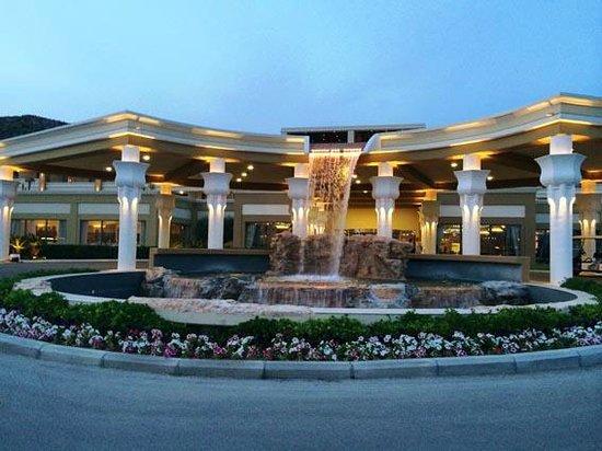 La Marquise Luxury Resort Complex : La marquise entrance