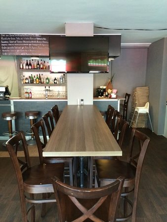 Tv In Steinwand Eingelassen Picture Of Westend Brunch And Sport Frankfurt Tripadvisor