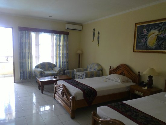 Sari Segara Resort Villas & Spa : номер(делакс пул вью)