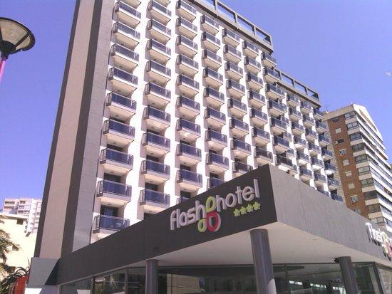Flash Hotel Benidorm: Fachada