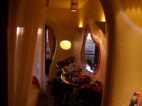 Mara Serena Safari Lodge: Bedroom interiors