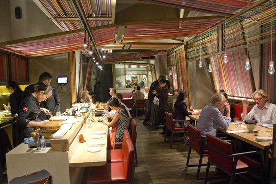 Pakta Restaurant: interior Pakta