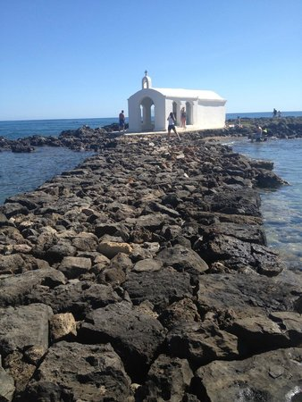 Agios Nikolaos Chapel : интересно