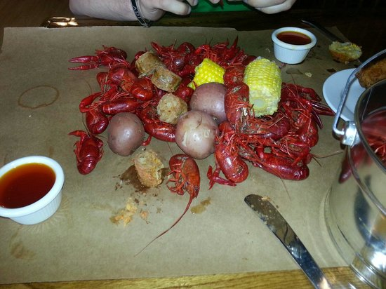 Lula's Louisiana Cookhouse: Craw fish broil!!!!! :-) delish!