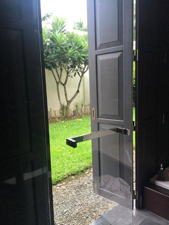 Sofitel Luang Prabang Hotel: view to garden