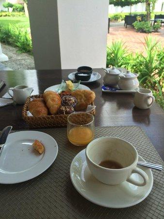 Sofitel Luang Prabang Hotel: Great breakfast