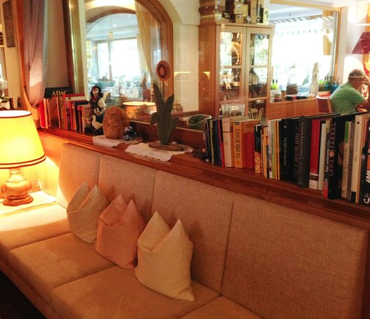 Hotel St. Pankraz - Ultental - Sudtirol: Lobby