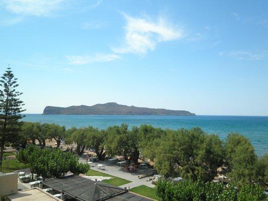 Santa Marina Beach Hotel: widok z naszego balkonu