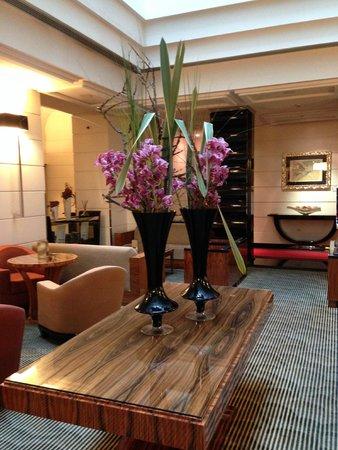 Grand Hotel Via Veneto: Homey lobby