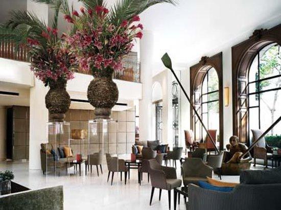 One Aldwych: lobby