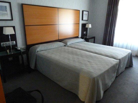 Hotel Macia Real de la Alhambra: Chambre