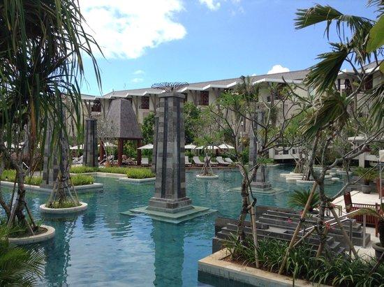 Sofitel Bali Nusa Dua Beach Resort: One of the main pools