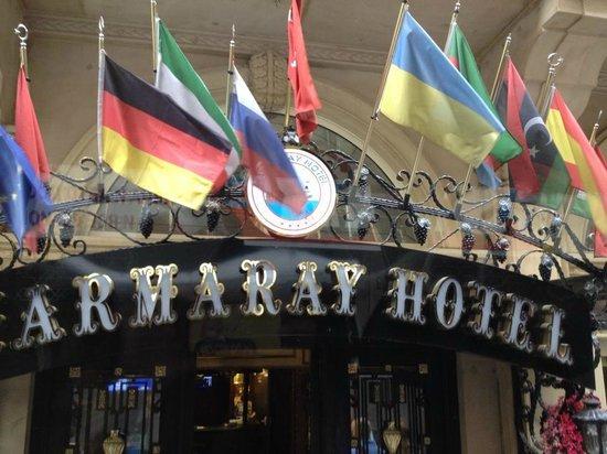 Marmaray Hotel: Hotel's Entrance